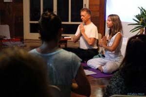 Joseph sobre a escola de Yoga Integrativa - clique aqui